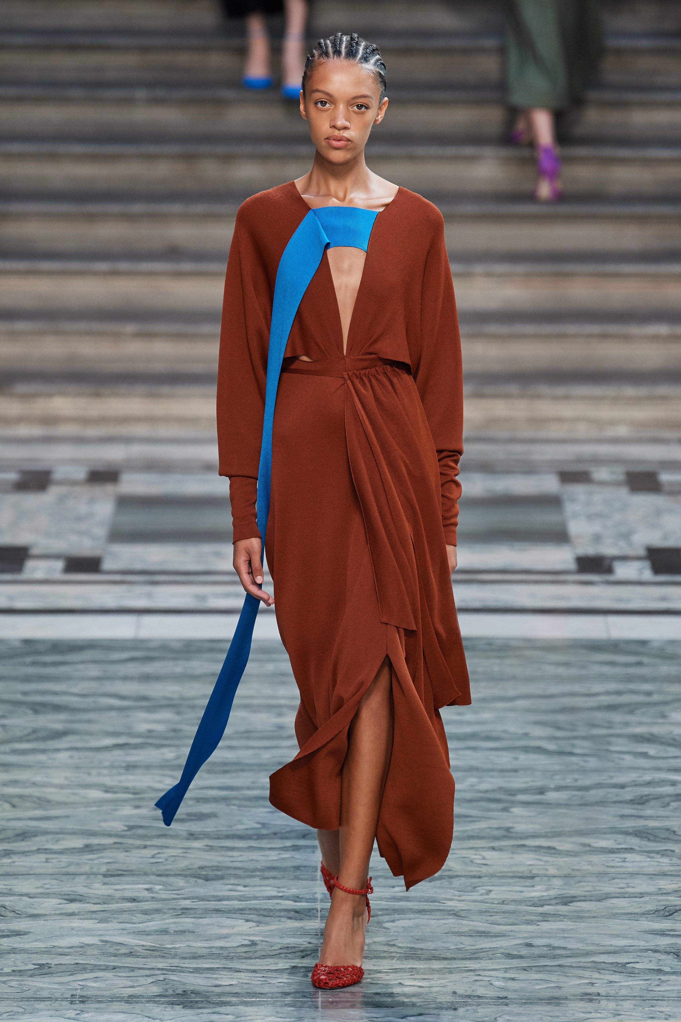 victoria beckham ss20 london fashion week lfw runway
