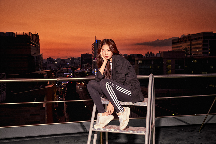 blackpink-jennie-rose-lisa-jisoo-adidas-originals-supercourt