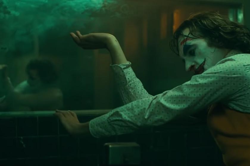jokers Joaquin Phoenix dance bathroom scene