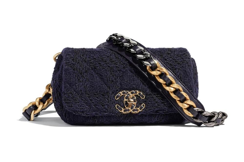 Chanel-19-bagHKD25,100