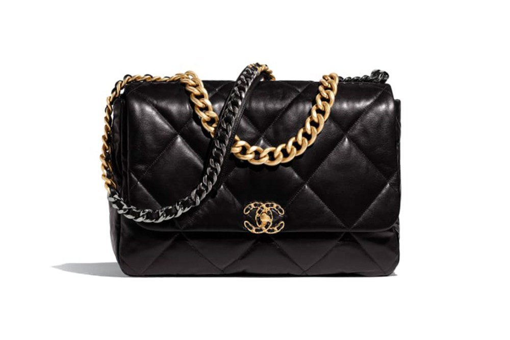chanel-19-maxi-flap-bag-HKD-43,000