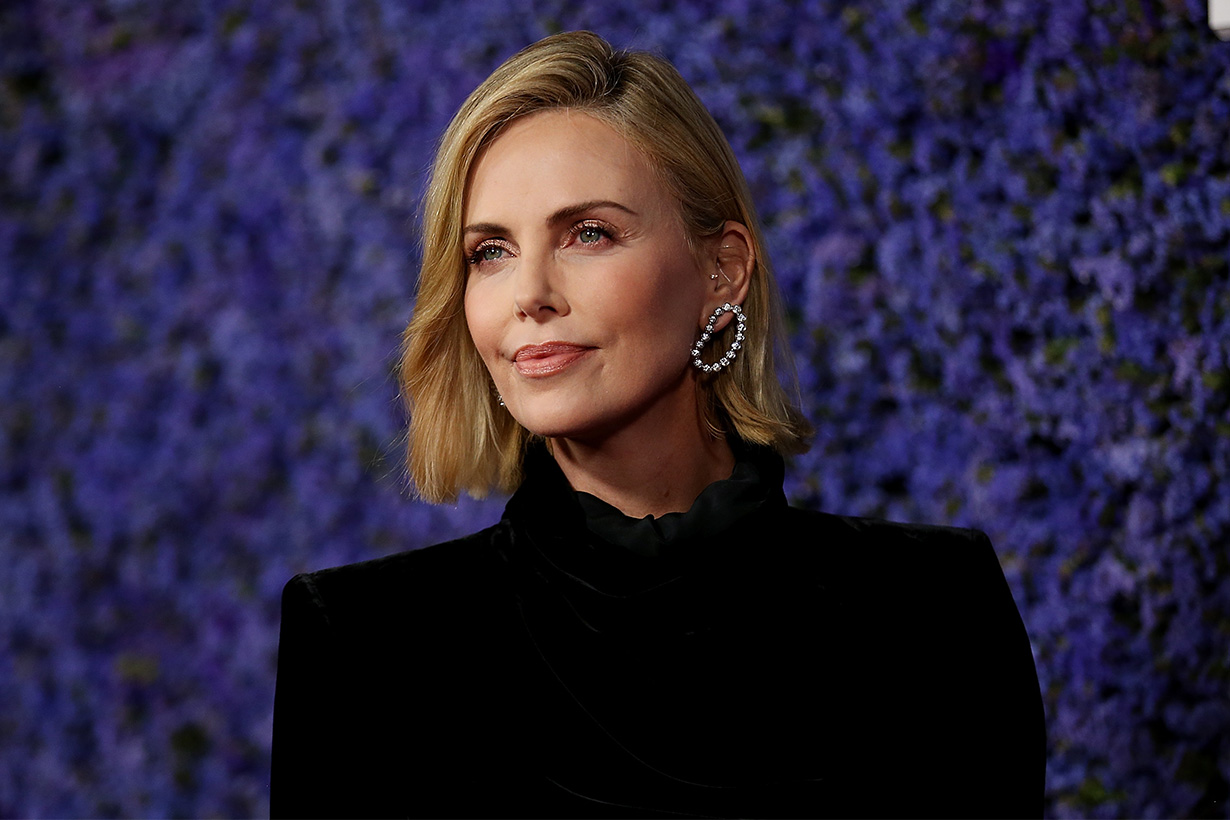 Charlize Theron short hair cut hairstyle 2019
