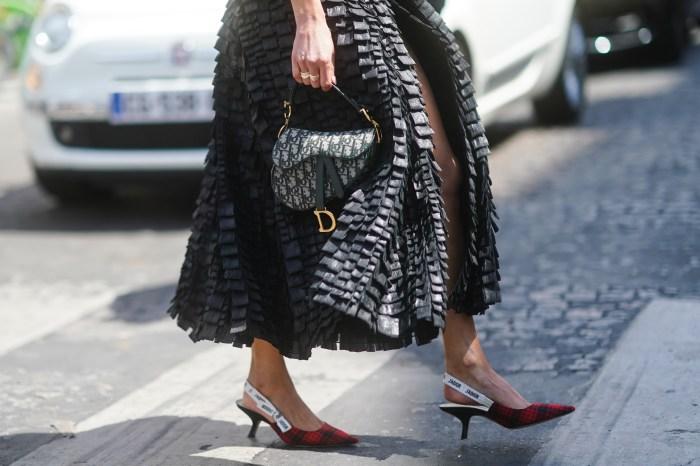 秋冬手袋趨勢預測:回顧時裝週,這幾個必備包款元素將成為街頭熱門款式!