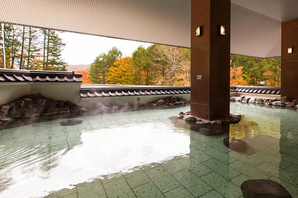 hot-spring-kv-ashley