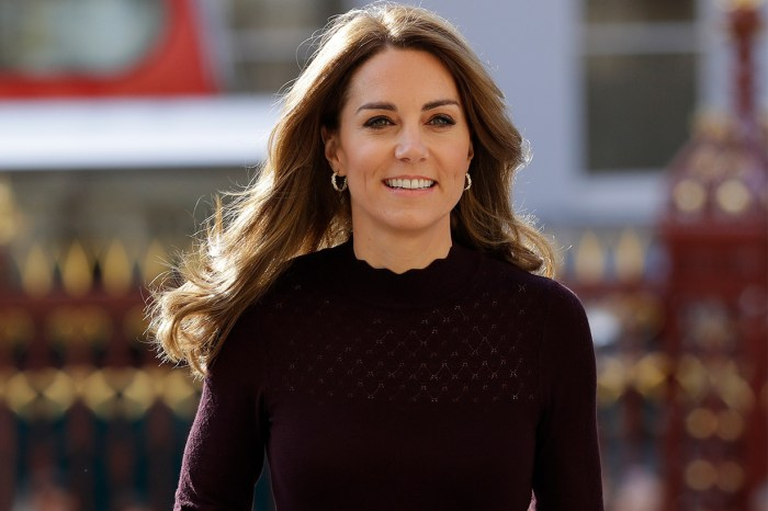Kate Middleton 再挽起這 Chanel 手袋!經典外表誓成時裝人搶購目標