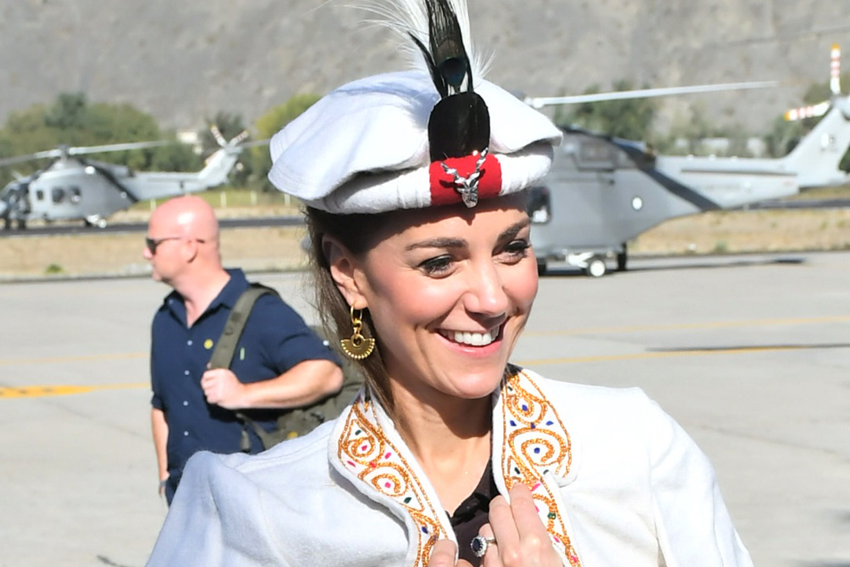 Kate Middleton Princess Diana both wear Pakistan Chitrali Hats