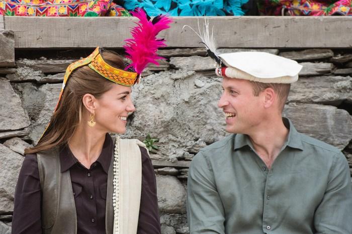 Kate Middleton 巴基斯坦傳統帽子造型,眼尖粉絲發現:「戴安娜王妃也戴過!」