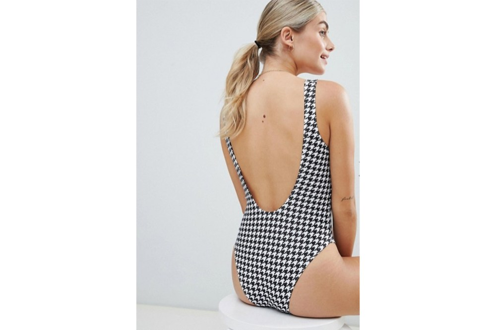 Le Palm Basic Scoop Back Swimsuit In Houndstooth