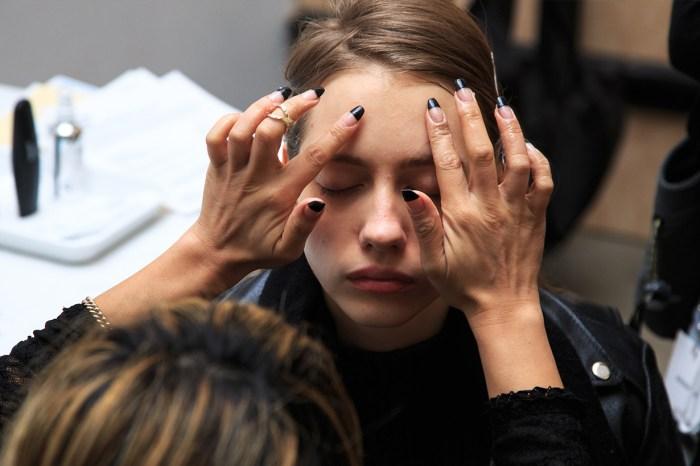 換季不能用同樣的護膚品?秋冬護膚要避開這 5 個最常犯的錯誤!