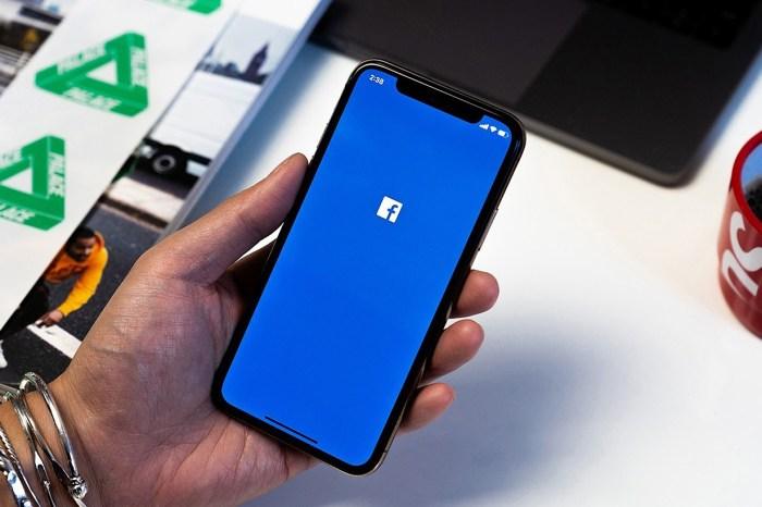 網民發現 Facebook 漏洞:瀏覽影片時竟會無預警開啟相機鏡頭!