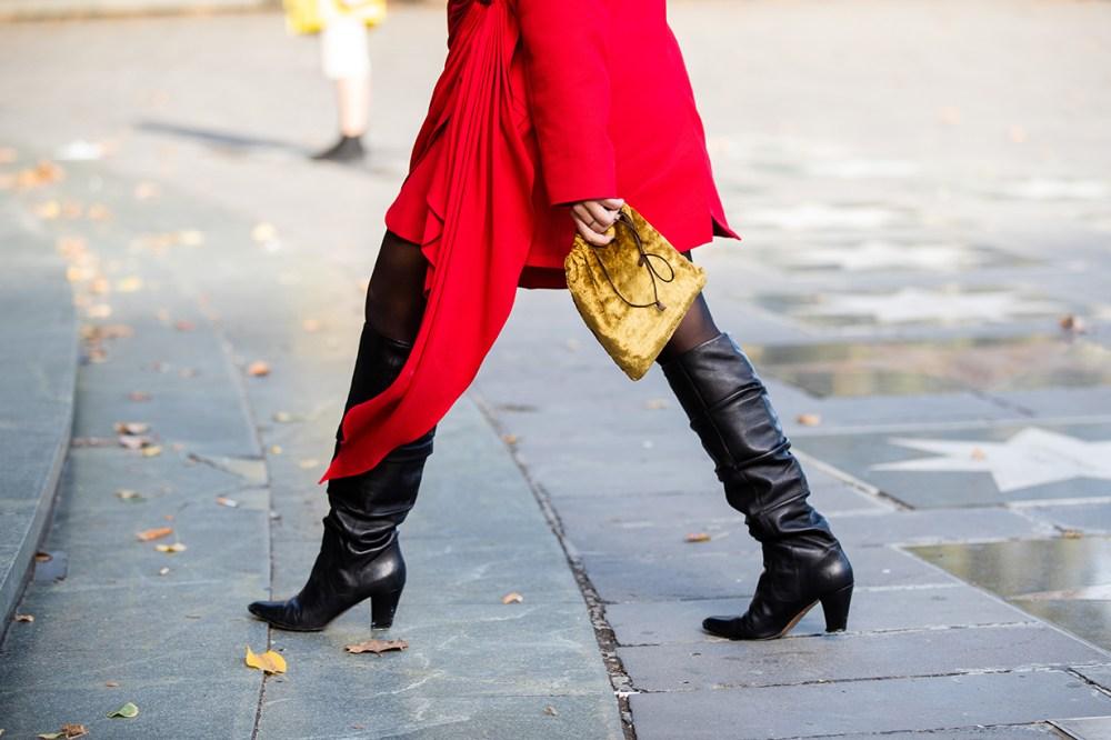 2019 Fall Winter Handbag Trends Fanny Packs Belt Bags Drawstring Pouch Bags Crossbody Bag Small Shoulder Bags