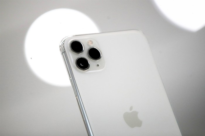 iPhone 12 預測:Apple 重返銳利化邊緣設計,更增加至 4 鏡頭