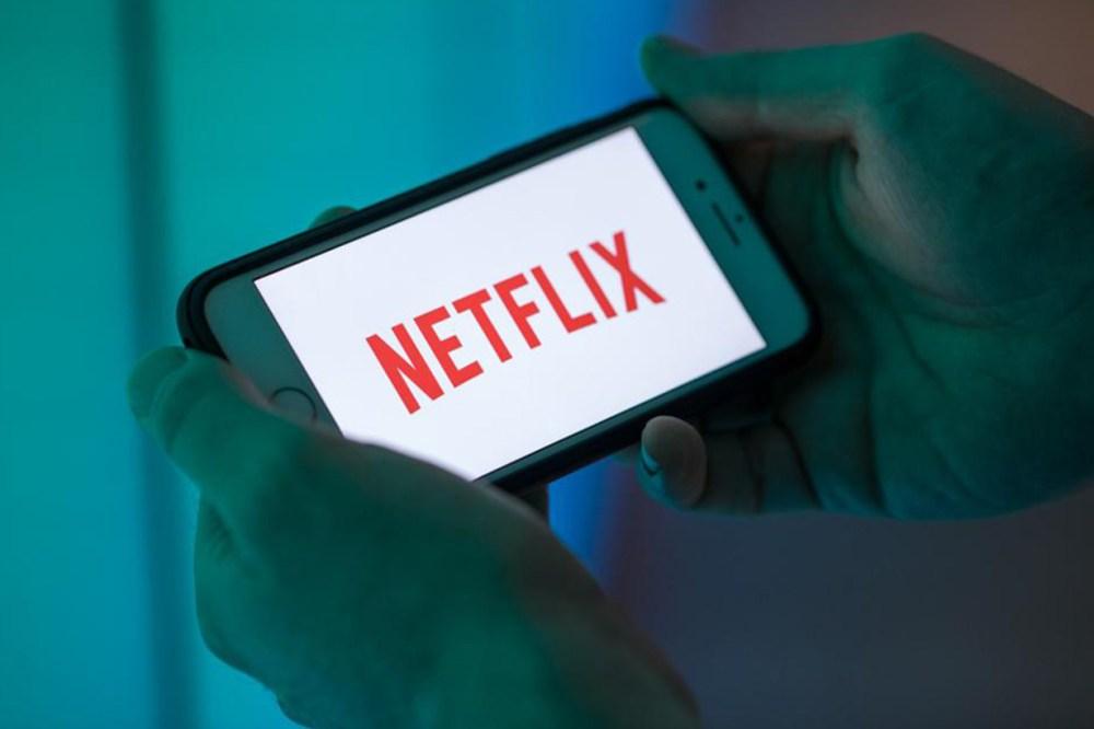 netflix password sharing loss billions dollars a year