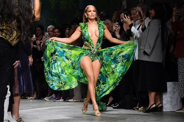 二十年前的經典設計被抄襲!Versace 向快時尚品牌 Fashion Nova 提出起訴
