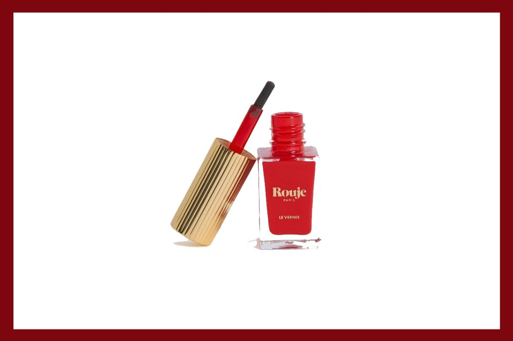 beautiful red nail varnishes to wear this christmas