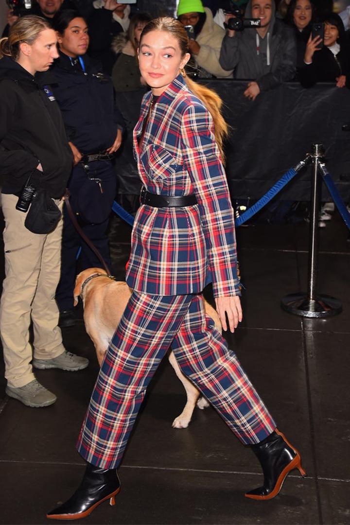 Gigi Hadid's Plaid Suit Is All The Last-Minute Holiday Inspiration