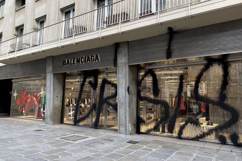 kidult balenciaga paris graffiti merry crisis