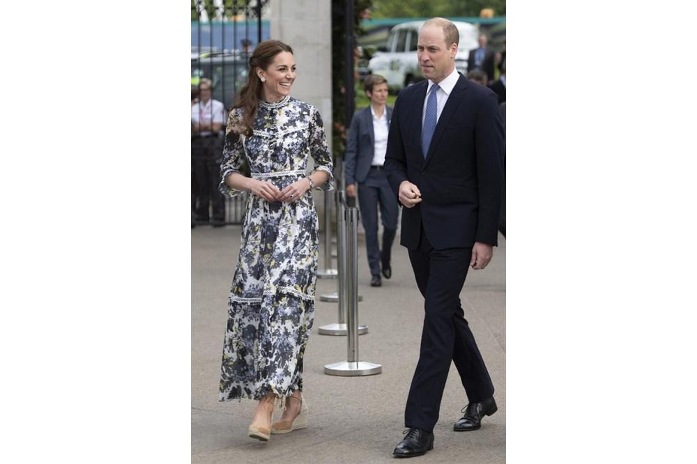 Queen Elizabeth II Shoes Habits clothing shoes care shoe wardrobe  Anello & Davide Rayne British Royal Family