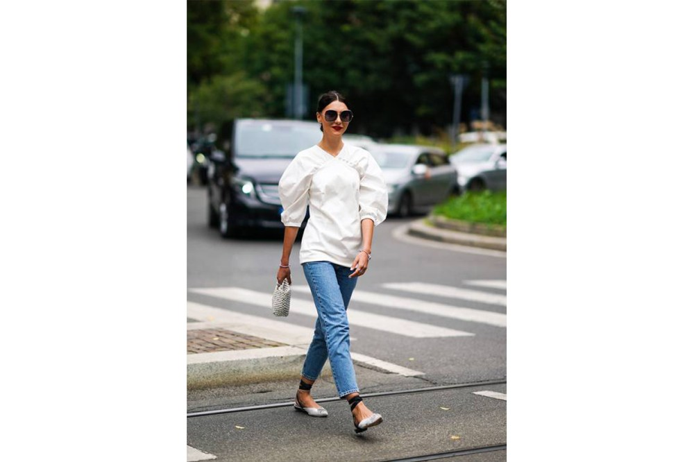 White Top, Jeans with Flats Street Style