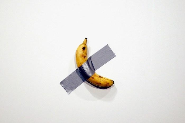 只要 $25 美元,你就能把 Art Basel 那條香蕉藝術品永遠擁有!