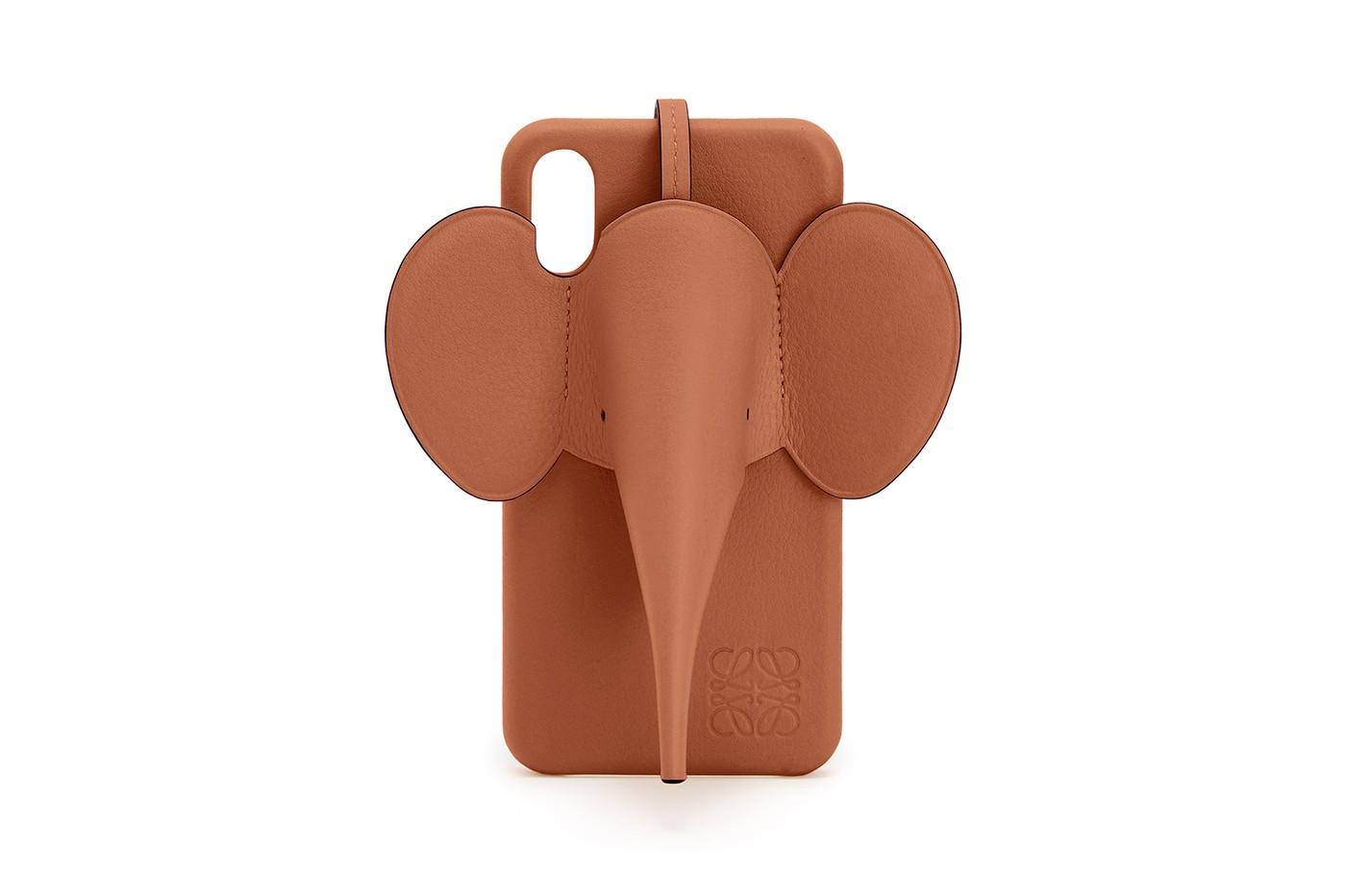 loewe smartphone case elephant design