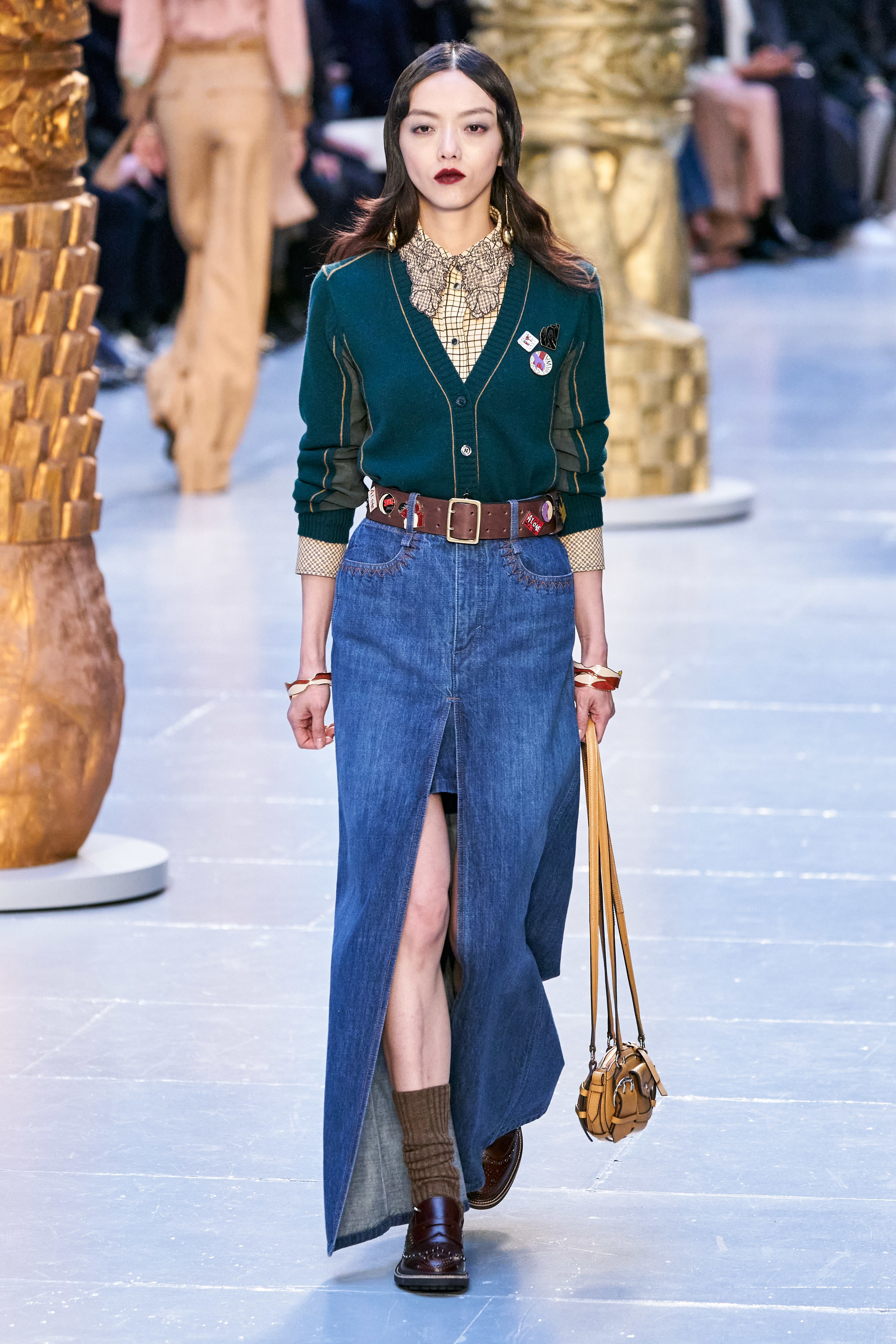 Chloé paris fashion show 2020 fw Sofia Steinberg model