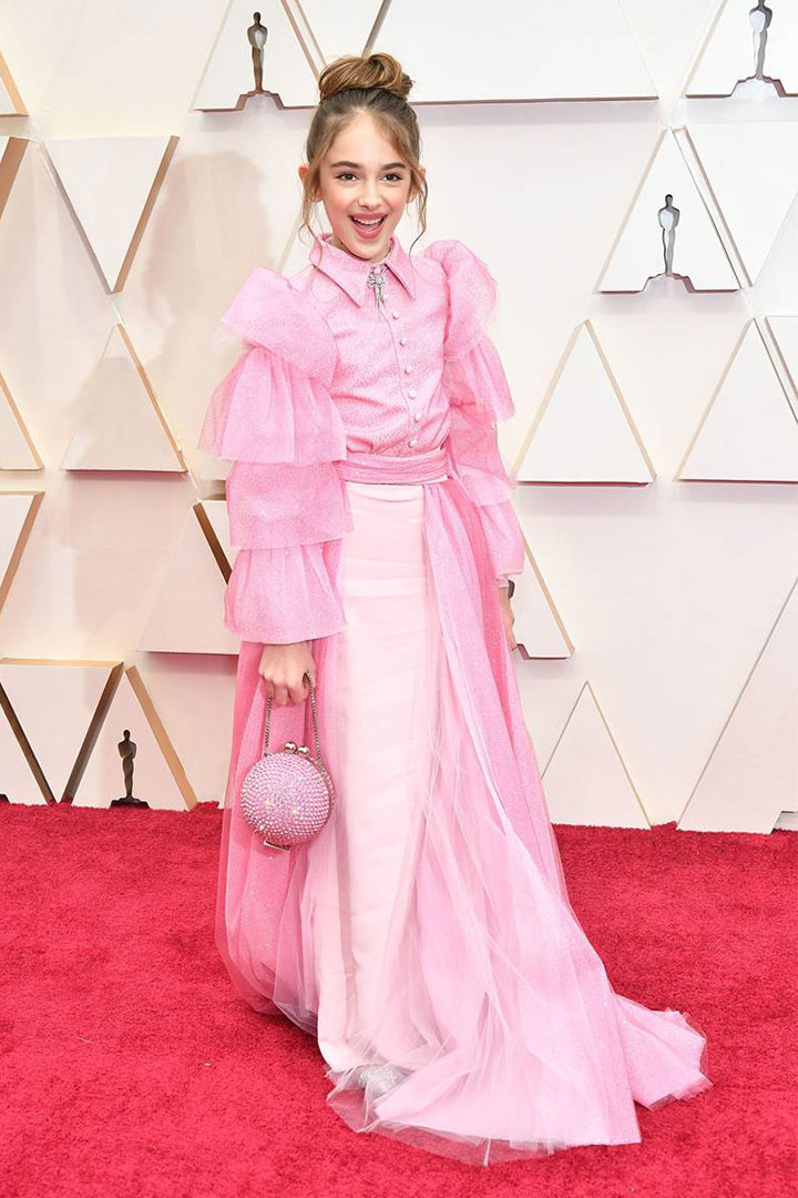 Julia Butters brought a turkey sandwich to the Oscars in her clutch bag and won the red carpet