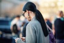 不想人綁你又綁,這 3 種綁馬尾的方法可以讓你的髮型瞬間時尚起來!