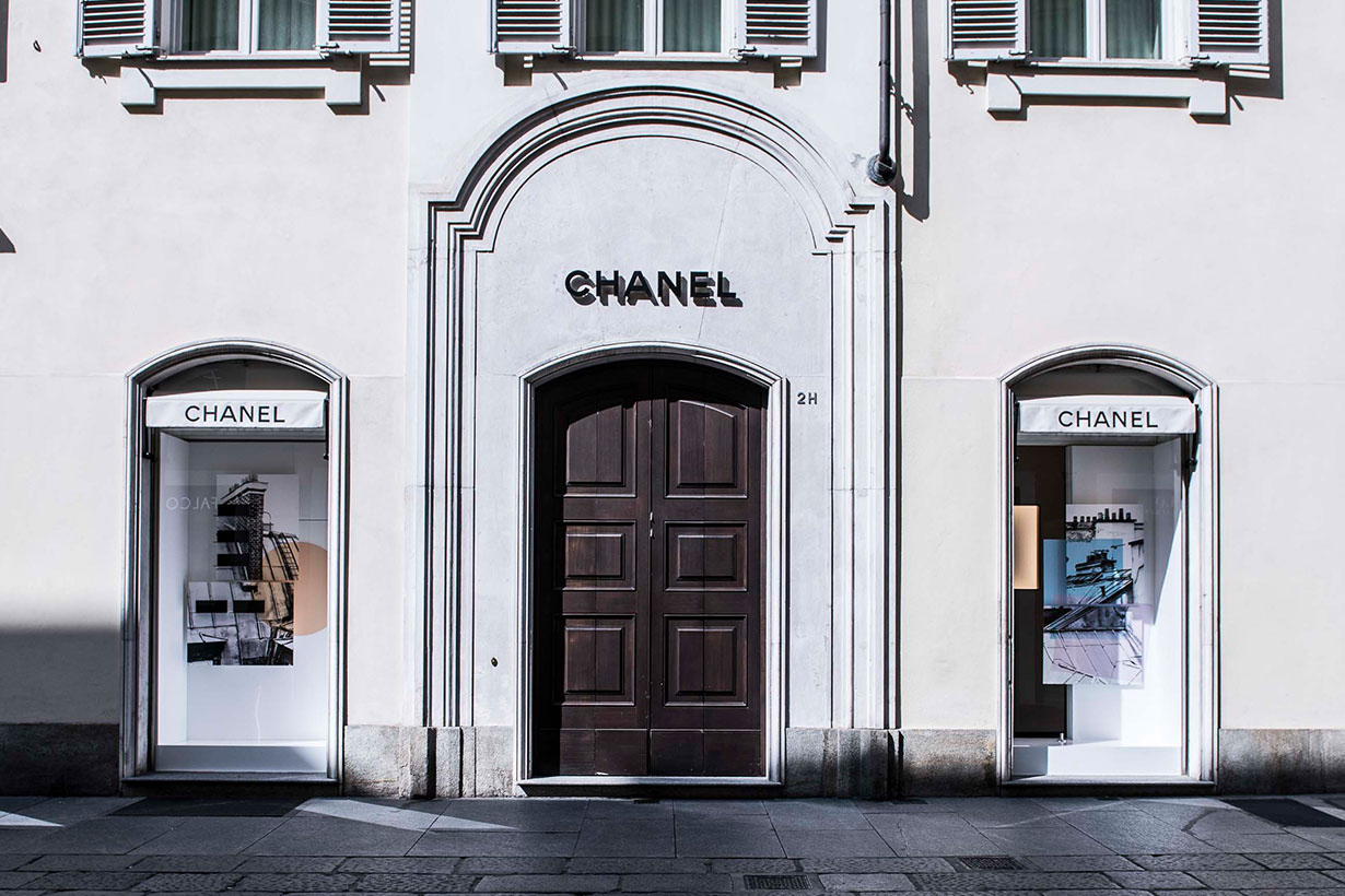 Chanel Pledges to Maintain Employee Salaries in France for 8 Weeks
