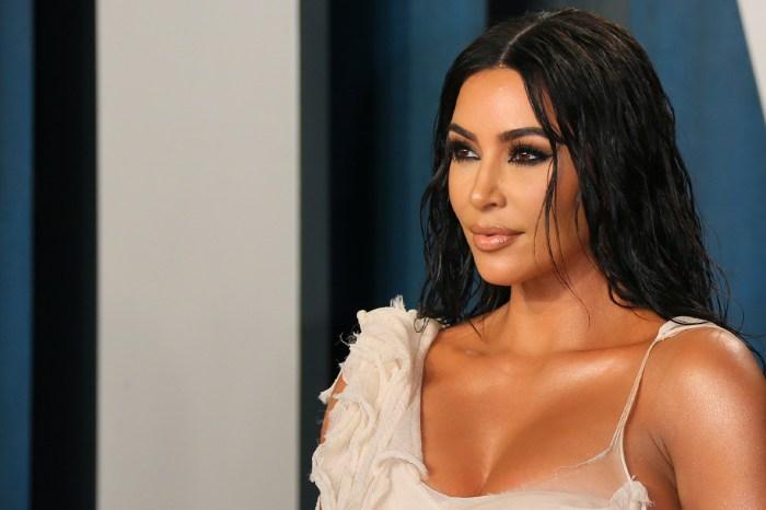 想要妝容持久,又想戴口罩都不脫妝的話,Kim Kardashian 的化妝師說要這樣做!