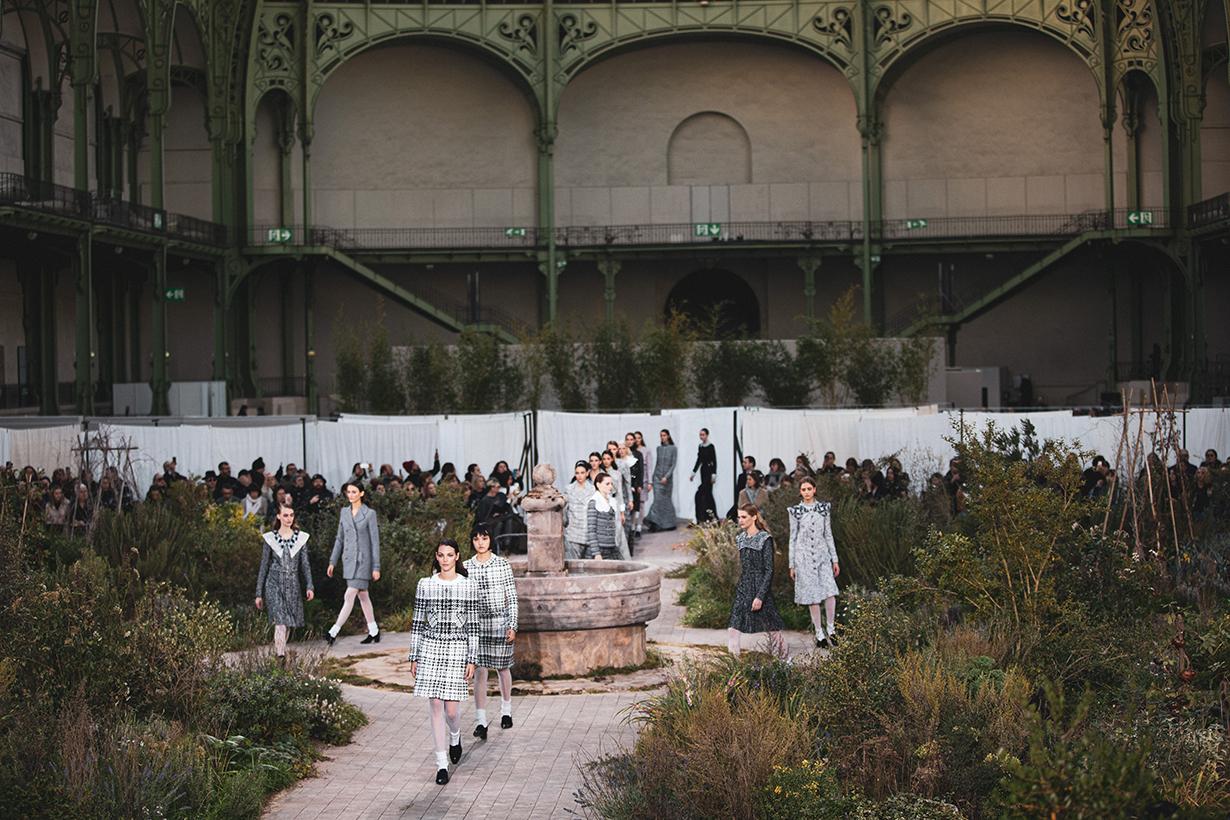 Chanel 2020 FW Fashion Show Live Stream