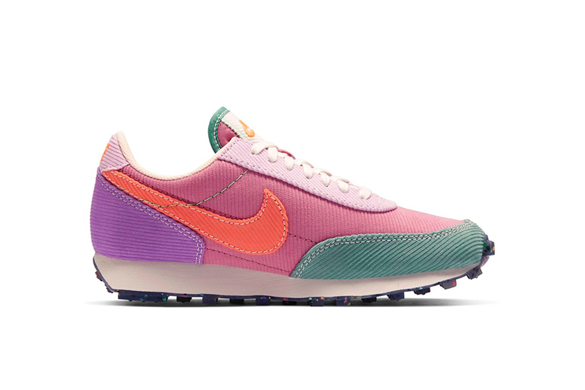 Nike Daybreak Sail Desert Berry Color Release