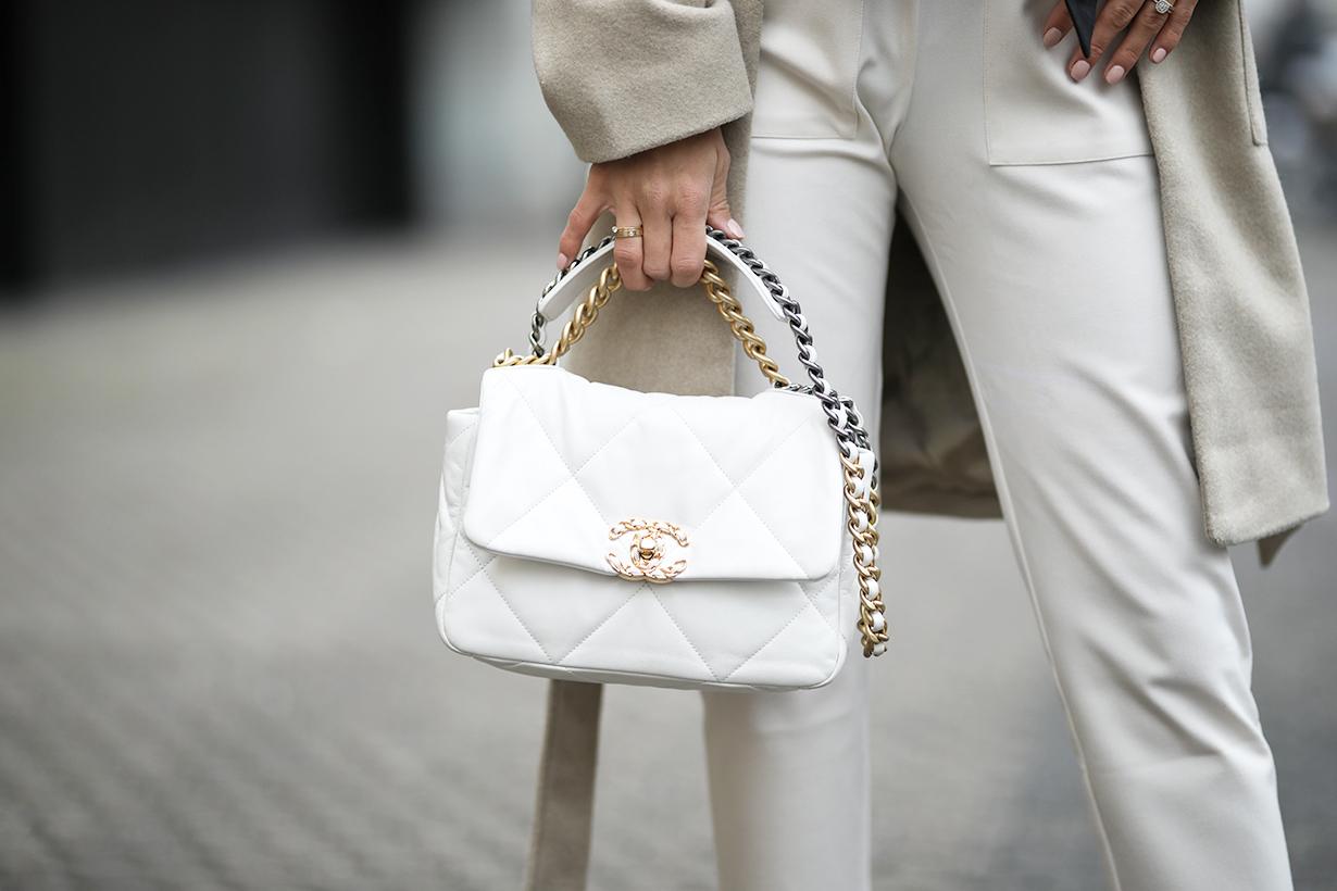 Mini bags Mini Handbags 2020 Handbags trend IT bags GU_DE Rosantica Loewe Little Liffner Jacquemus Saint Laurent YSL Cult Gaia Jil Sander