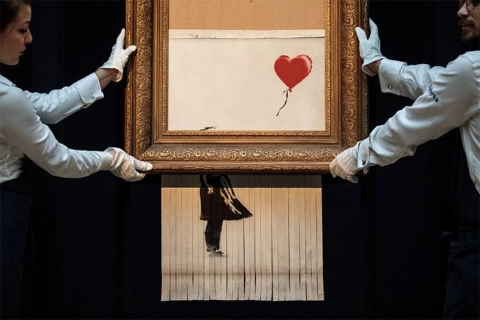 街頭藝術家 Banksy 在家工作期間,創作出讓妻子非常生氣的作品!
