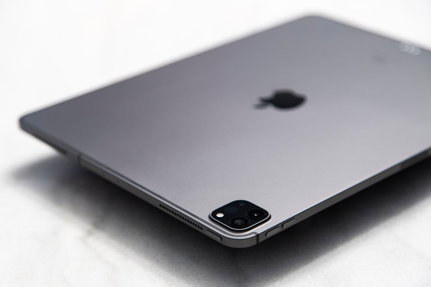 Apple iPhone 12 design 2020 iPad Pro