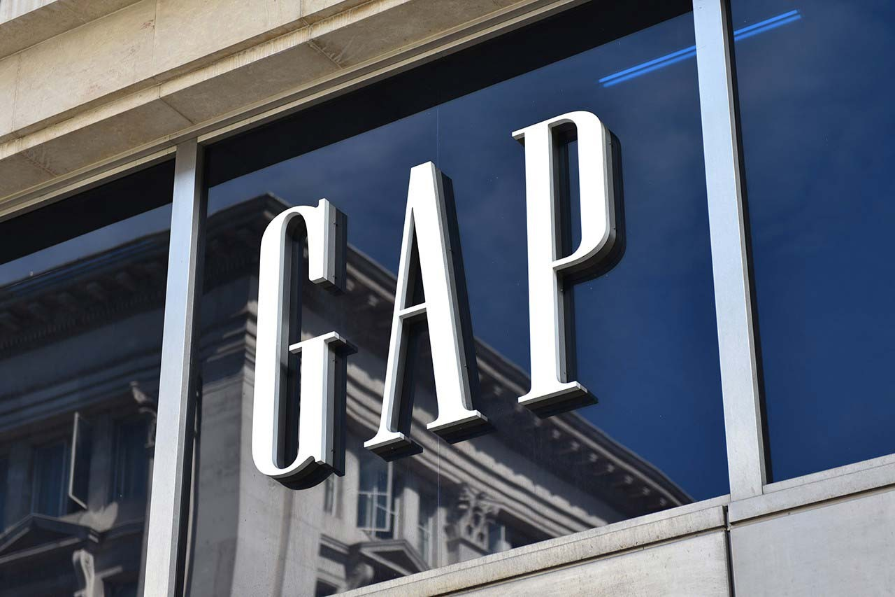 gap cash shortage stops rent payments coronavirus financial impact fast fashion
