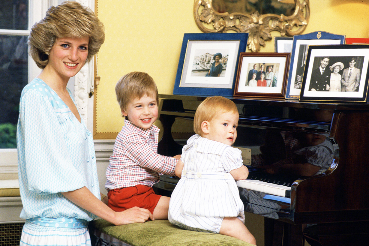 Princess Diana Prince William Prince Harry The Princess of Wales British Royal Family  Wetherby School Mothers Day school race