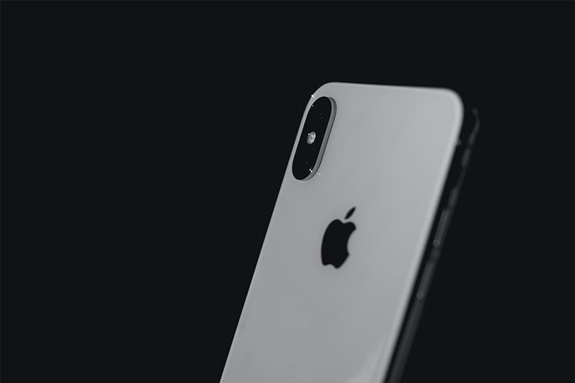 apple may not include earpods headphones in iphone 12
