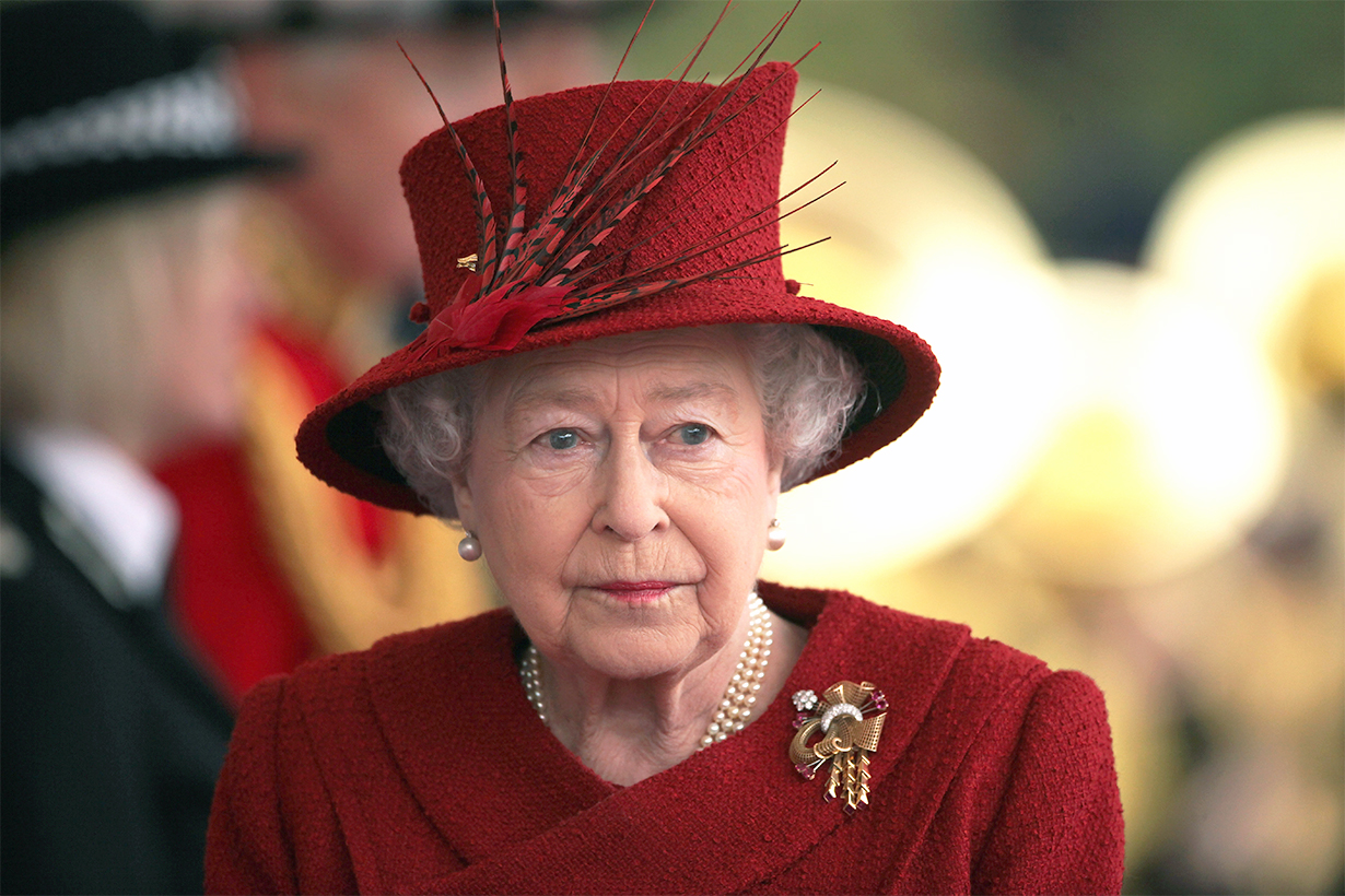 Queen Elizabeth Covid-19 Coronavirus Not returning royal duties royal biographer Andrew Morton Prince Philip Prince Charles Prince William Windsor Castle British Royal Family