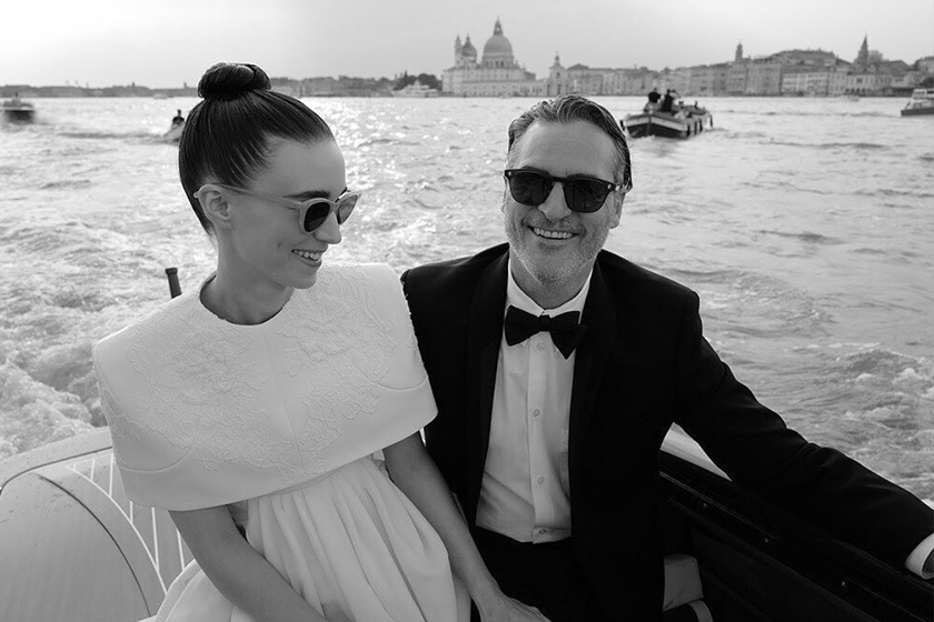Joaquin phoenix rooney mara is pregnant expecting first child