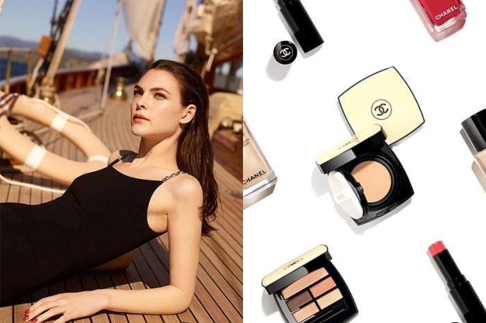 這款限量粉餅再慢就搶不到!Chanel 為夏日帶來質感彩妝,打造陽光灑落肌膚的光澤!