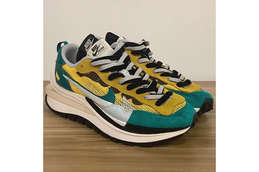 sacai x Nike Vaporwaffle New 4 Color