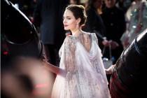 4 年過去了,Angelina Jolie 終於親口提及選擇離婚的原因!