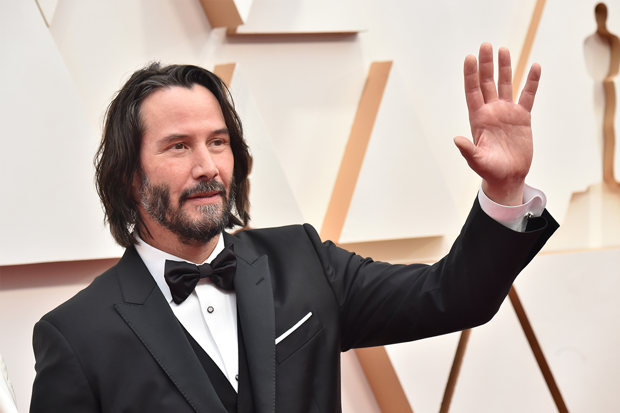 Keanu Reeves Is Auctioning Off a Zoom Date