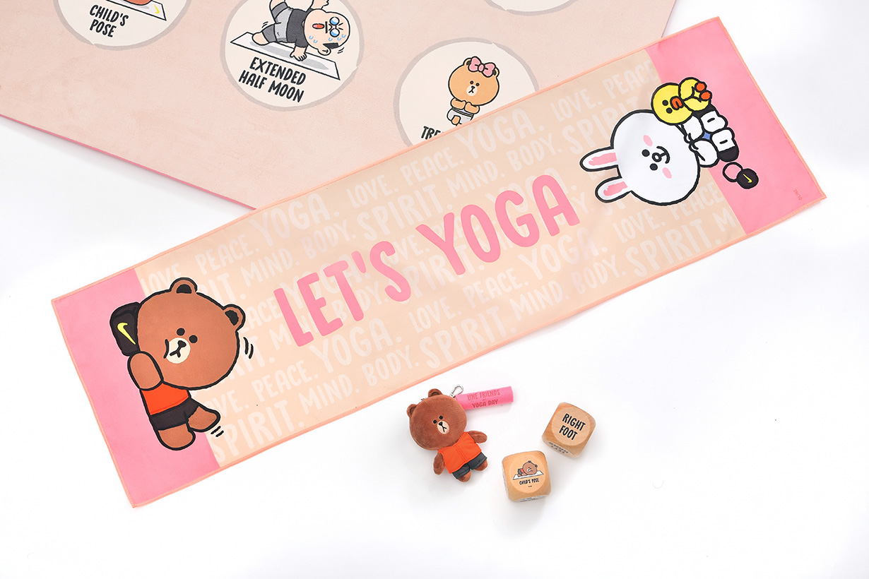Line Friends Yoga Day