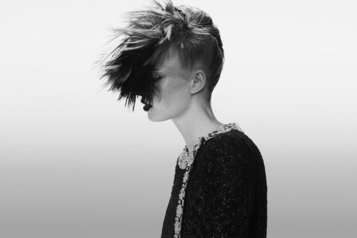 為什麼說 Chanel 今季的 Haute Couture 是帶你進入 Karl Lagerfeld 的世界?