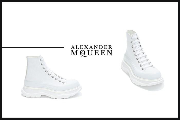 拉長腿型:繼小白鞋後,Alexander McQueen這雙厚底波鞋被搶購一空!