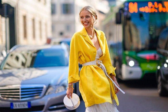 Jacquemus、Loewe……平時不捨得買的時尚單品,當然要趁減價時機入手!