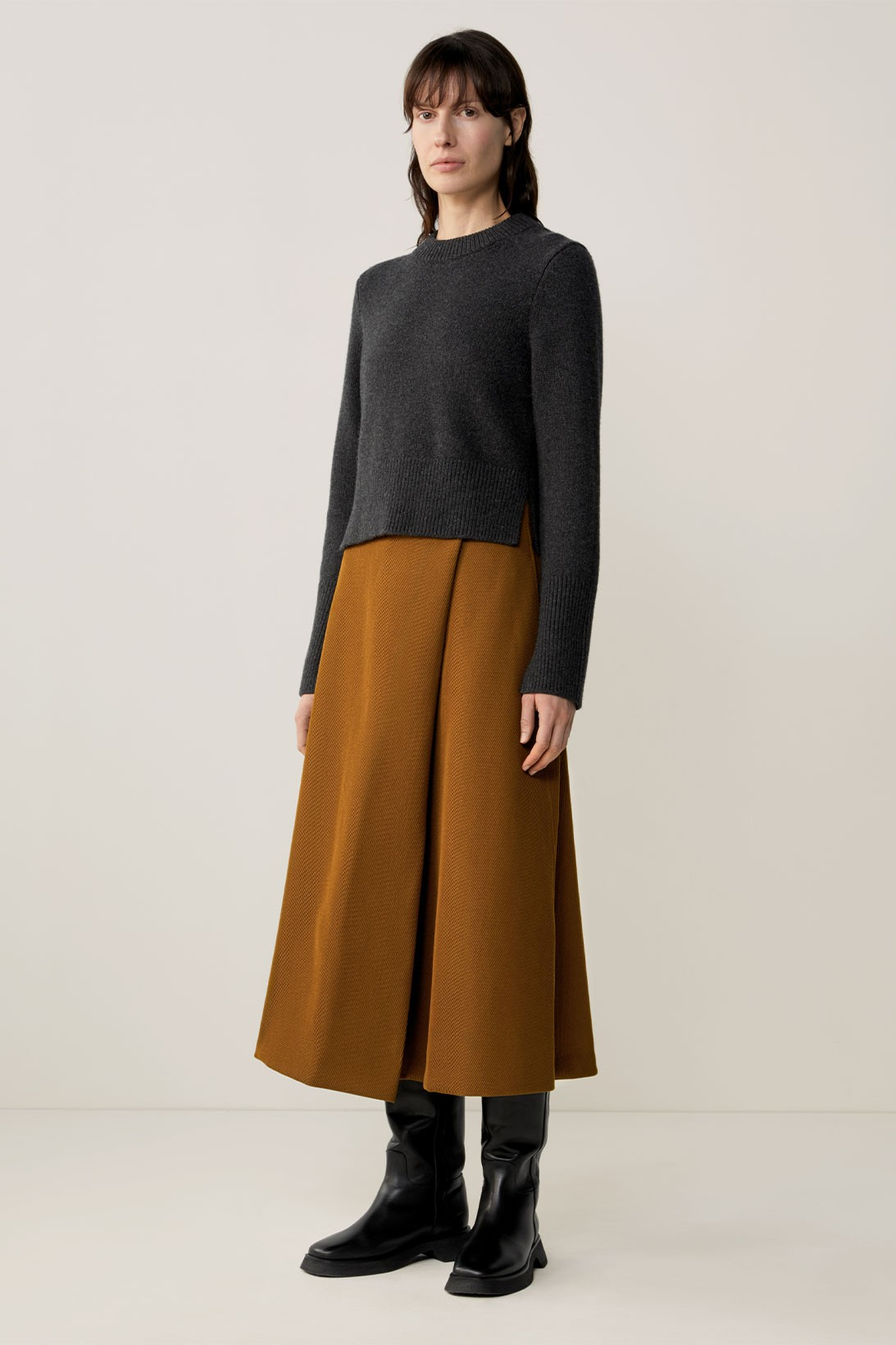 cos fall winter womenswear sustainability recycled fabric minimalist lookbook