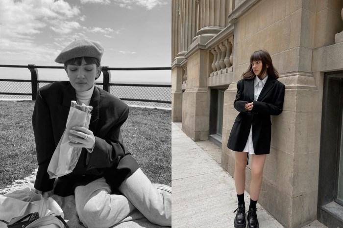 向這位巴黎的嬌小女生偷師,將衣櫃裡的米、黑、白搭出俐落的優雅